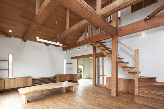 s-吹抜けと自然素材の家 (1)